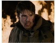 Josh Hartnett stars in 30 Days of Night