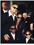 """Will Smith and Jada Pinkett Smith and family at the """"Men in Black"""" premiere"""