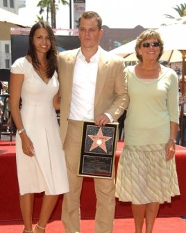 Matt Damon with wife Luciana and his mom