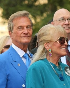 Pat Boone and wife Shirley Foley Boone