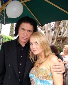 Gene Simmons and Alana Curry