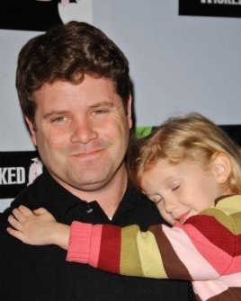 Sean Astin and daughter
