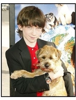 "Liam Aiken and Hubble at the ""Good Boy!"" Premiere"