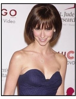 "Jennifer Love Hewitt at the 2nd Annual ""Runway for Life"" Celebrity Fashion Show"