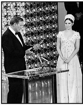 Oscar Statuette Exhibition: John Wayne