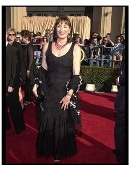 SAG 2002 Fashion: Anjelica Huston