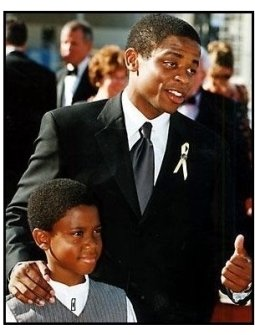 Dule Hill at the 2000 Creative Arts Emmys