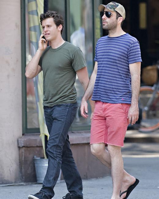 Jonathan Groff, Zachary Quinto