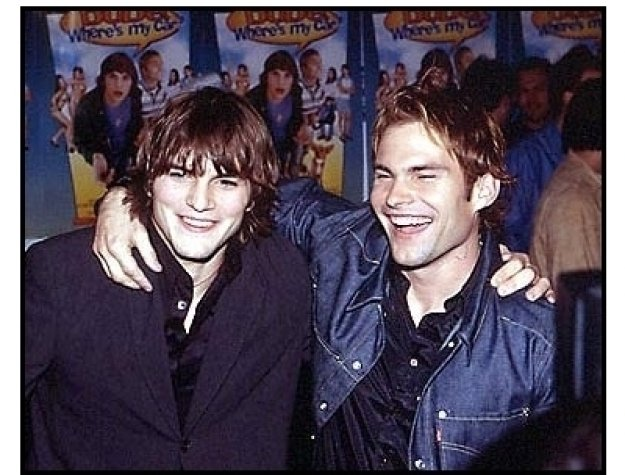 Ashton Kutcher and Seann William Scott at the Dude, Where's My Car? Premiere