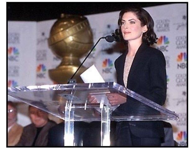 Lara Flynn Boyle at the 2001 Golden Globe Nominations