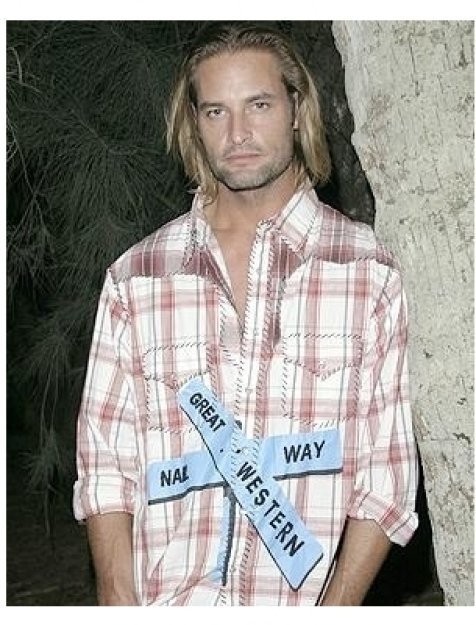 Lost Season 1 DVD Release Party Photos:  Josh Holloway