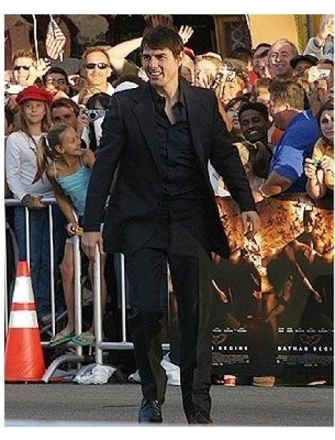 Batman Begins Premiere: Tom Cruise