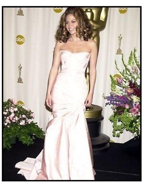 Academy Awards 2002 Fashion: Jennifer Lopez