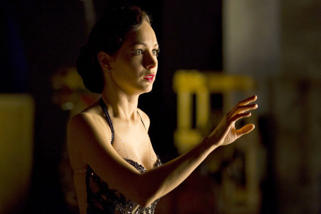 Ksenia Solo, Lost Girl
