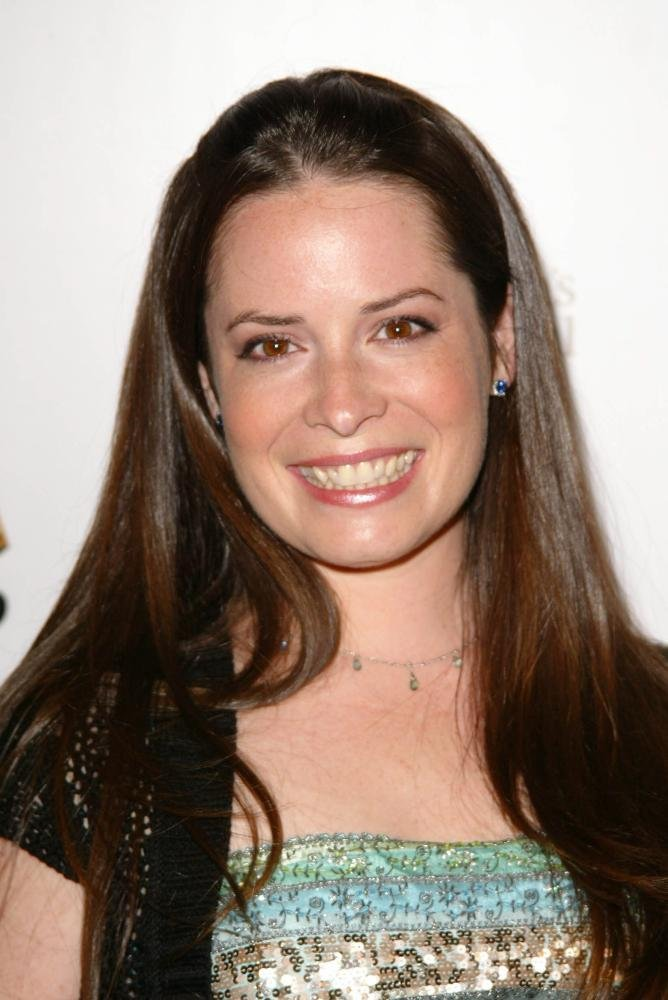Holly Combs