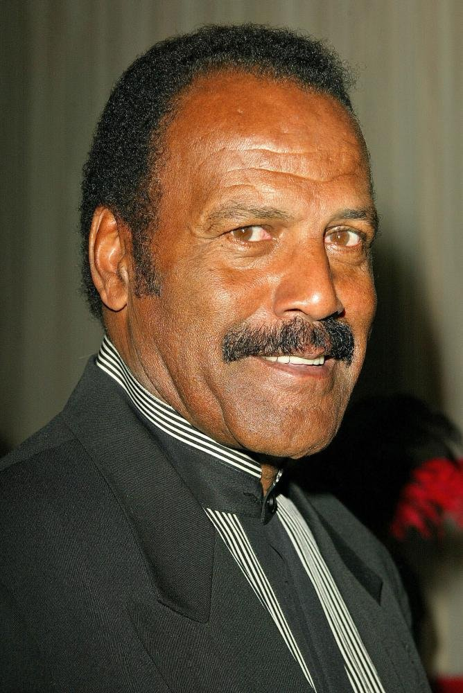 how tall is fred williamson